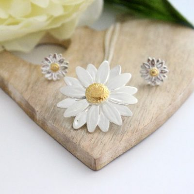 Silver and Gold Daisy Necklace